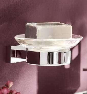 Uchwyt Essentials Cube wykonany z metalu pasuje do mydelniczki lub dozownika. Nr. kat. 40508001-image_Grohe_40508001_3