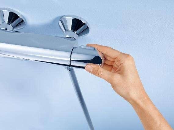 Najlepiej sprzedająca się natynkowa termostatyczna bateria pod prysznic - Grohtherm 1000 34140003 marki Grohe. -image_Grohe_34143003_5